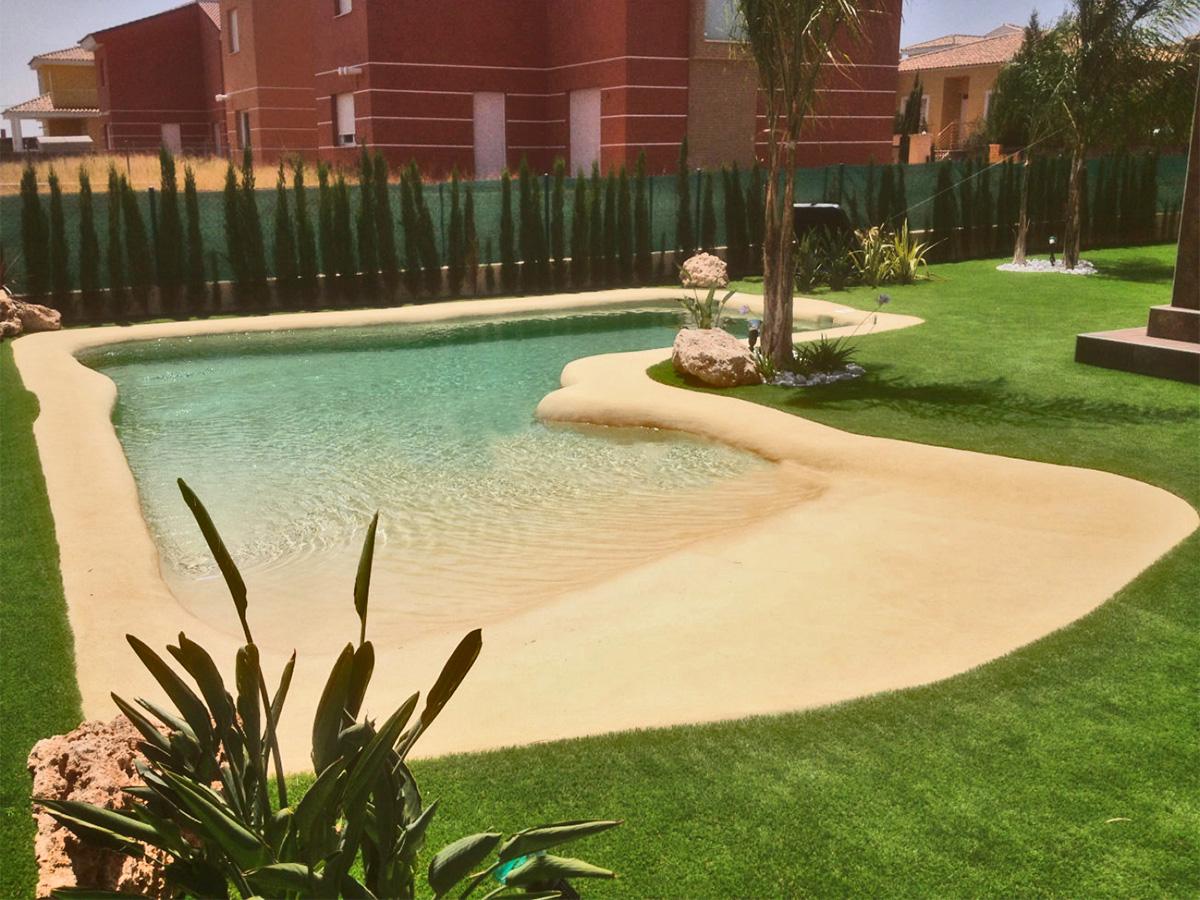 Piscinas unifamiliares aqua 2000 for Solados para piscinas