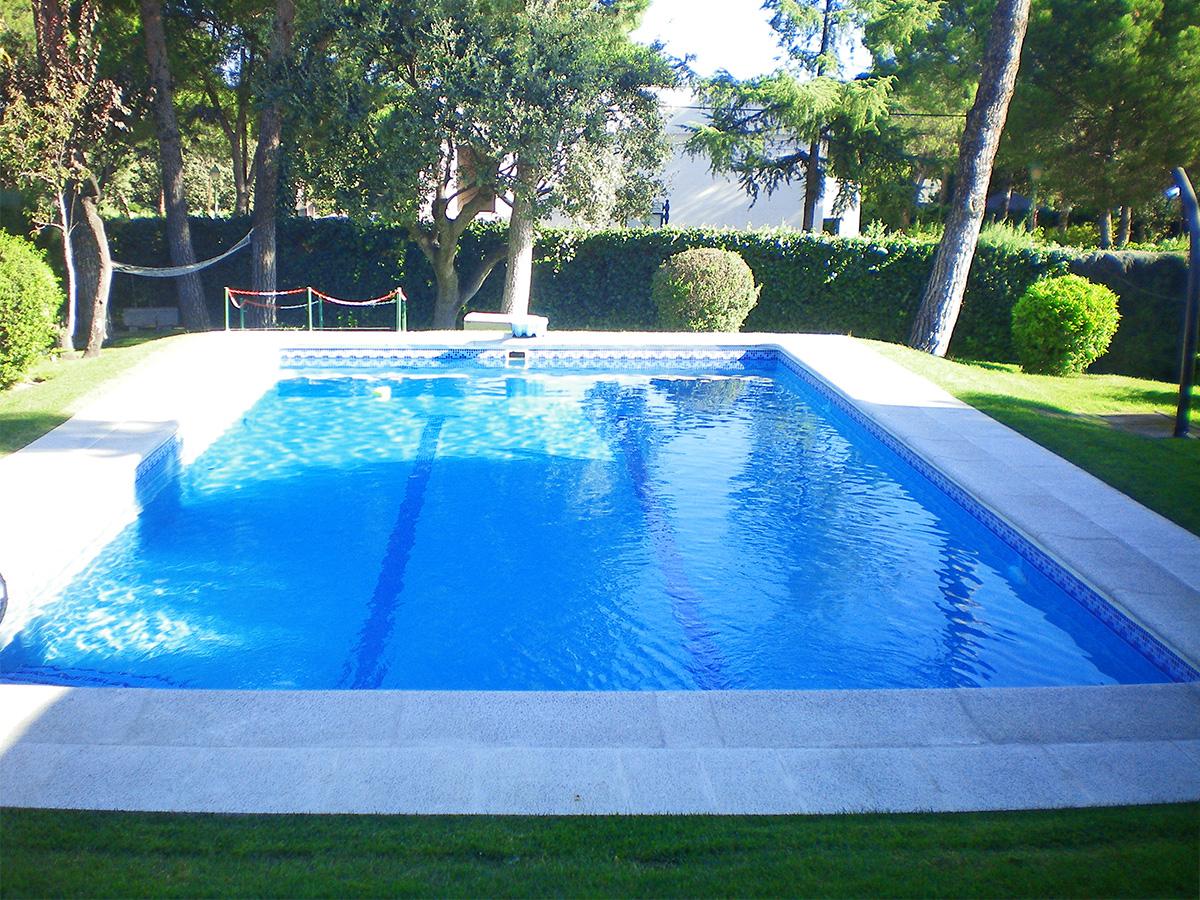 Piscinas unifamiliares aqua 2000 - Cloro en piscinas ...